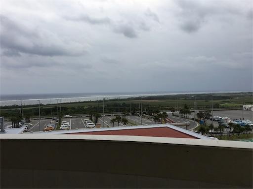 石垣空港から見える海