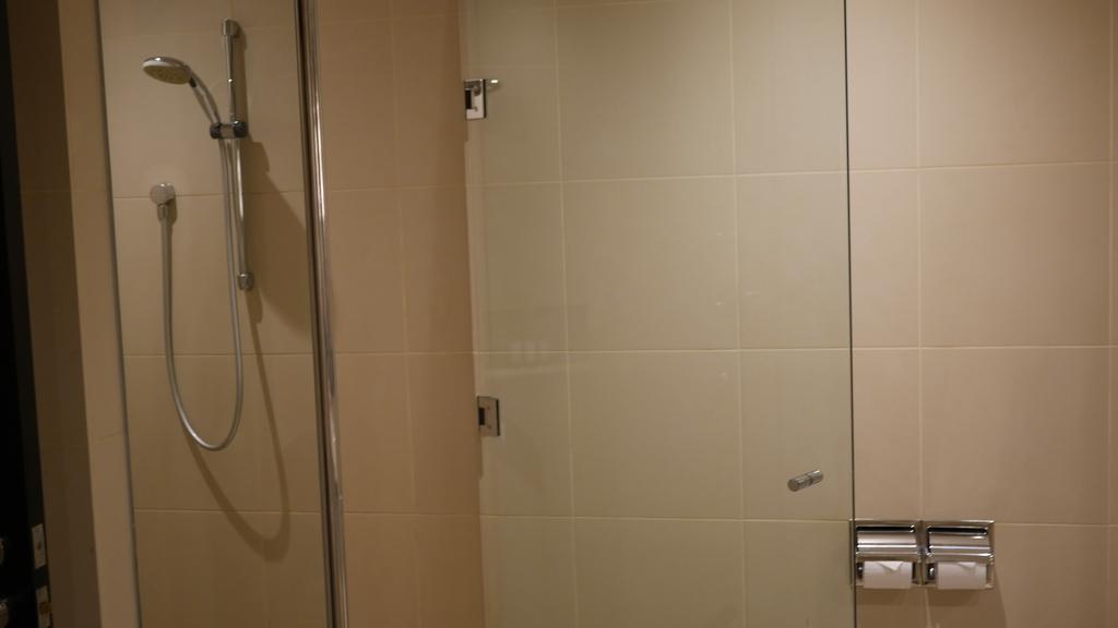 ウェスティンメルボルンのシャワーブース