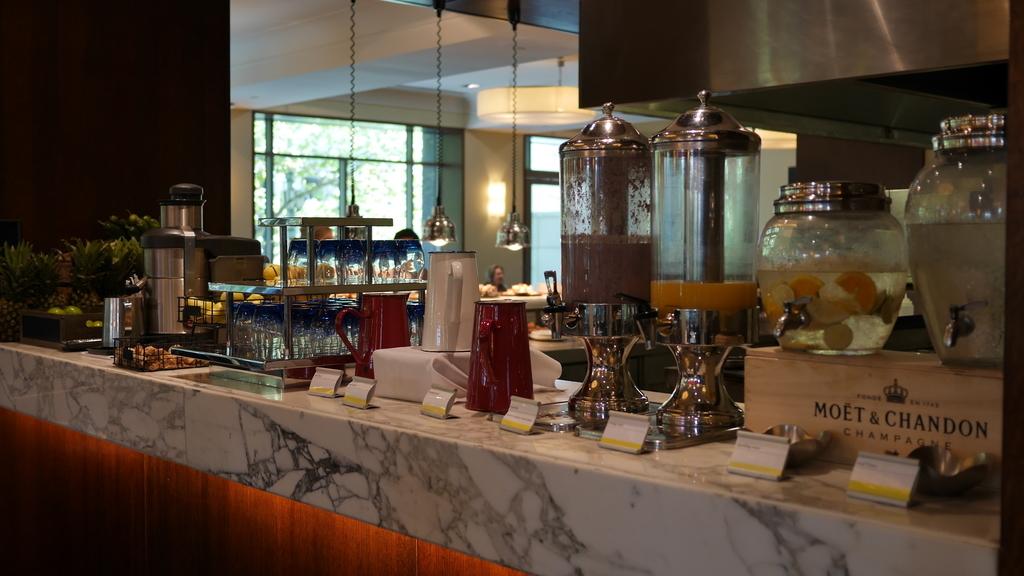 ウェスティンメルボルンの朝食 ドリンクコーナー