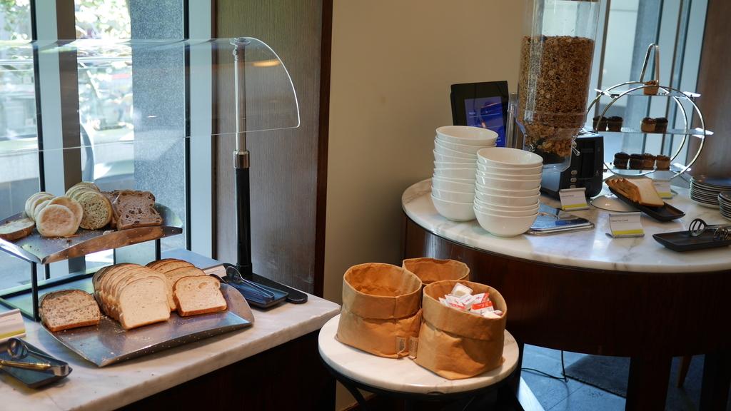 ウェスティンメルボルンの朝食のパン